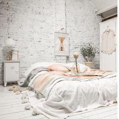 #decoration#home#homedecoration#kitchen#dekorasyon#tatlıevim#homesweethome#bath#badroom#balkon#interior #decor#wood#archite#architecture#mimar#tasarım#kidsroom#cocukodasi#shabbychic#bebekodası#merdiven#ladder#staircase#mutfak#clock#pink#pembe#interiordesign