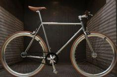 Fabrik 3 Speed Internal Gear Sturmey Archer Bicycle - Chrome & Brown