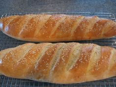 Quick and easy(for bread) and tasty. Made it for Easter Home Joys: Miracle Bread