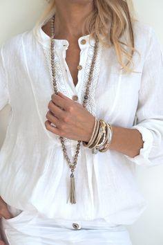 NORAH Linen shirt, White More .........................................................................................................Schmuck im Wert von mindestens   g e s c h e n k t  !! Silandu.de besuchen und Gutscheincode eingeben: HTTKQJNQ-2016