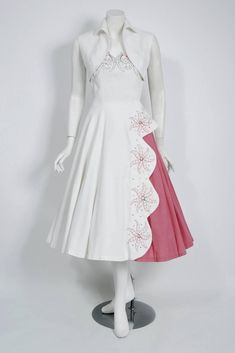 a9cbb45d9b4 1950 s White   Pink Rhinestone Embroidered Floral Cotton-pique Scalloped  Dress