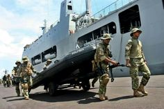 TNI KOPASKA Special Force - Indonesia's Sub Demolition team