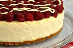 Raspberry cheesecake is one of our most popular ever recipes.This one looks so delicious and easy tot try at home