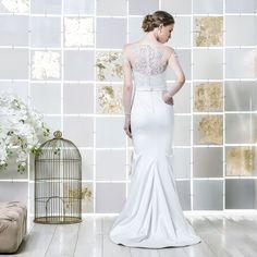 Gio Rodrigues Luna Wedding Dress beautifull mermaid style wedding dress satin elastane guipur lace heart-shaped tulle engaged inspiration unique gorgeous elegant bride