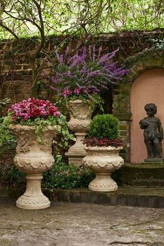 large urn beauty...