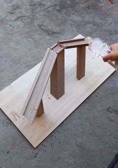 😍 woodworking bench woodworking bench bench diy bench garage workbench bench plans crafts christmas crafts diy crafts hobbies crafts ideas crafts to sell crafts wooden signs Diy Crafts Hacks, Diy Home Crafts, Diy Arts And Crafts, Diy Wood Projects, Wood Crafts, Woodworking Projects, Woodworking Techniques, Woodworking Logo, Woodworking Furniture