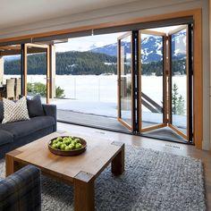 ventana plegable de aluminio madera, con una vista hermosa                                                                                                                                                                                 Más
