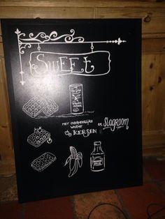 """Chalkboard# kalkbord met krijtstiften gemaakt voor een lunchroom """" de eetalage"""" in lelystad."""