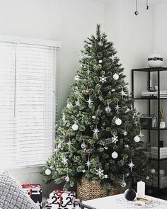 christmaschristmas2018xmassantaclauschristmastree christmasdecorationsjinglebells - Christmas Tree Without Decorations