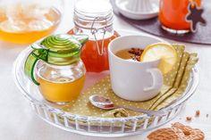 DOMÁCÍ ZÁZVOROVÝ SIRUP - Inspirace od decoDoma Homemade, Drinks, Tableware, Health, Kitchen, Food, Deco, Syrup, Alcohol