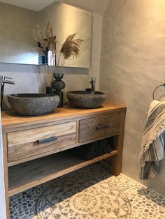 Badmöbel aus Holz Bad Inspiration Bathroom furniture made of wood bathroom inspiration Upstairs Bathrooms, Rustic Bathrooms, 50s Bathroom, Bathroom Modern, Bad Inspiration, Bathroom Inspiration, Furniture Inspiration, Bathroom Styling, Bathroom Interior Design