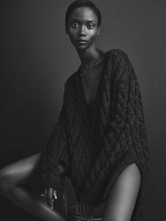 Black and White Portrait Photography: Expert Advice That Helps You Succeed – Black and White Photography Black Female Model, Black Models, Female Models, Women Models, Ebony Models, White Photography, Portrait Photography, Fashion Photography, Body Photography
