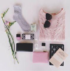 @pinlovinblog | TRENDING: Hashtag Flatly  | checkout the blog | www.pinlovin.com #flatlay #photography #pinks