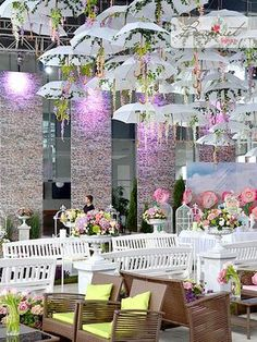 Amazing umbrella alley for a lovely wedding ceremony #umbrella_alley #wedding #flower_decor