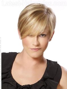 A short blonde pixie hairstyle for spring 2012  I think the bangs need to be shorter for me.