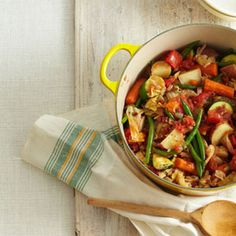 Giambotta (Italian Vegetable Stew) ~ this has pepperoni in it which I would leave out to make it vegetarian.