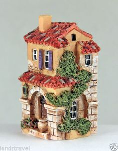 NEW J CARLTON BY GAULT HANDPAINTED FRENCH PROVENCE MAISON AVEC JARRE BUILDING Clay Houses, Ceramic Houses, Clay Fairy House, Fairy Houses, Clay Art Projects, Clay Crafts, Miniature Crafts, Miniature Houses, Industrial Machine