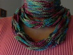 My latest scarf - love these colors! Only took one evening to make - fast and pretty - gotta love that!