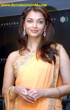 sexy-saree-hd-wallpapers-of-bollywood-movie-hot-actress-aishwarya-rai.jpg (650×1026)