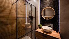 Floral Apartment - czyli gdzie nocować w Krakowie? New Bathroom Ideas, Bathroom Inspo, Modern Bathroom Design, Small Bathroom, Dark Bathrooms, Beautiful Bathrooms, Modern Farmhouse Powder Room, Boutique Hotel Room, Toilet Design