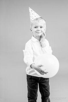Photographe pour bébés et enfant en studio à Bordeaux et Paris.
