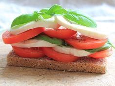A green, white and red caprese stack on McCambridge Soda Bread! Soda Bread, Caprese Salad, Irish, Green, Food, Irish Language, Essen, Meals, Ireland
