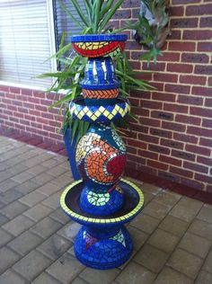 Mosaic+Totem+From+Old+Pots
