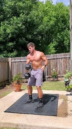 Bodyweight Shoulder Workout, Dumbbell Workout At Home, Gym Workout Videos, Biceps Workout, Gym Workouts, Workout Without Gym, Weight Training Workouts, Flexibility Workout, Bodybuilding Workouts