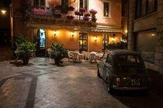 Il Baccanale Trattoria em Taormina, Sicília   avaliações feitas pela comunidade do TripAdvisor : https://www.tripadvisor.com.br/Restaurant_Review-g187892-d1056360-Reviews-Trattoria_Il_Baccanale-Taormina_Province_of_Messina_Sicily.html