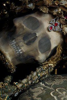 "spookyloop: "" From the book Heavenly Bodies: Cult Treasures & Spectacular Saints from the Catacombs by Paul Koudounaris "" Vampires, Olgierd Von Everec, Arte Van Gogh, Hades And Persephone, Necromancer, Vanitas, Greek Gods, Skull And Bones, Memento Mori"