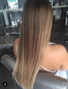 Balayage Blonde Ends - 20 Fabulous Brown Hair with Blonde Highlights Looks to Love - The Trending Hairstyle Brown Hair With Blonde Highlights, Brown Hair Balayage, Hair Highlights, Brown Hair Dyed Blonde, Blonde Balayage, Cabelo Ombre Hair, Brown Hair Cuts, Bronde Hair, Brown Hair Colors