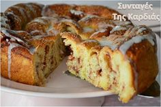 Cinnamon Roll - Ρολό κανέλας σπιράλ Greek Sweets, Greek Desserts, Greek Recipes, Cake Cookies, Cupcake Cakes, Sweets Recipes, Cooking Recipes, Greek Cake, Low Calorie Cake