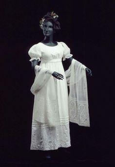 Evening dress, ca 1820 United States, Museum of Fine Arts Boston