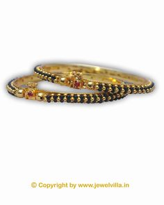 Check out this bangles from AGG that will be an ideal pick for the stylish Indian woman of today. Featuring an attractive design, these bangles will blend well with both suits and sarees. These bangles are light in weight and skin friendly as well.