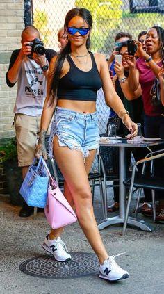 http://trendygiulliete.blogspot.com.ar/2015/02/como-toda-nueva-temporada-hay-nuevos.html #mini #shorts #minishorts #summer #moda