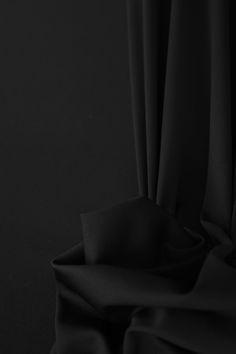 Noir Blackline #colors #fashion #moda #color #black #fabric #fabrics #textile #textiles #inspiration #elegance
