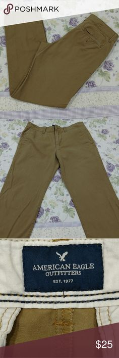 American Eagle Outfitters khaki pants 30x34 Relaxed straight fit, front and back pockets. Perfect condition! American Eagle Outfitters Pants Chinos & Khakis