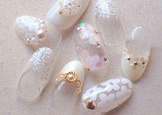 指先からピュアに♡花嫁ネイルはやっぱり純白ホワイトで決定!のトップ画像