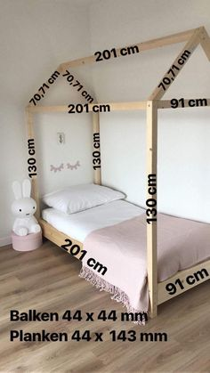 Make a bed casita measures cama Casita Fabricar medidas montessori is part of Toddler rooms - Girl Decor, Baby Room Decor, Room Baby, Baby Boy Rooms, Bedroom Decor, Nursery Boy, Child Room, Bedroom Storage, Baby Bedroom