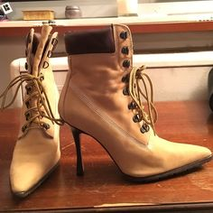 """Manolo Blahnik Oklamod Boots - runs small Authentic Manolo Blahnik Oklamod Tan suede lace up heeled boot. The leg opening is cushioned all around, and the metal eyelets are classic hiking style. The interior is fully lined in leather. Willing to negotiate. Send me your offer!  Heel height 4"""" Shaft height: 5.5"""" Opening circumference: 10.5"""" Manolo Blahnik Shoes Ankle Boots & Booties"""