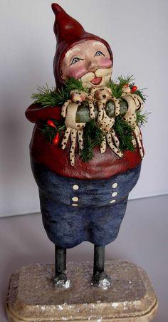 <h1<p>>BOY HOWDIE PAPIER MACHE FOLK ART by Dawn Tubbs</h1>Sculpted Christmas Santa Puppies