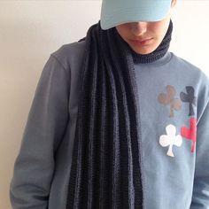 Plisséstrikket halstørklæde ⚡️#singleopskrift #forlagetvingefang #plisséstrik #maxihalstørklæde #halstørklæde #hannemeedom #sofiemeedom
