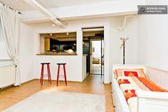 Beautiful basement apartment 2rent