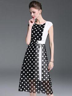 Polka Dot O-Neck Sleeveless Slit Skater Dress – DressSure Beautiful Dress Designs, Beautiful Dresses, Lace Homecoming Dresses, Skater Dresses, Casual Dresses, Fashion Dresses, Tango Dress, Maxi Dress With Sleeves, Ladies Dress Design