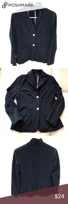 "LANDS' END black cotton blazer size 6 Classic blazer from Lands End. Great for work, weekend, or travel.  Good alternative to a spring trench coat. Well-loved and a bit faded but still extremely wearable.  👜Pit to pit 17"" 👜Sleeve 22"" 👜Shoulder 14"" 👜Length 24.5"" Lands' End Jackets & Coats Blazers"