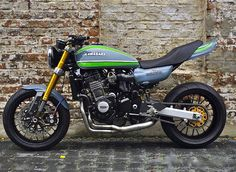"Kawasaki ""Z953,"" based on a 03-06 Z1000 conversion kit from Deals and Wheels (deals-and-wheels.de). Sign us up! :: #kawasaki #z1000 #z900 #z953 #caferacer #superbike"