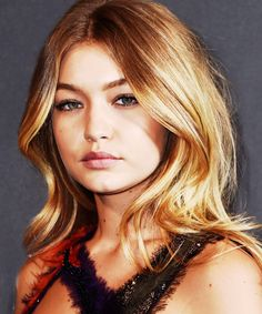 Gigi Hadid American Music Awards Bob Haircut | The model hit the red carpet with a brand new bob. #refinery29 http://www.refinery29.com/2015/11/98167/gigi-hadid-bob-haircut