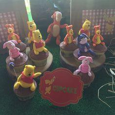 Cupcake ,winnie the pooh