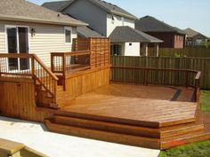 Find multi level decks design ideas to help you design and planning your custom multi level deck & beautify your backyard with this complete guide. Deck Design Plans, Patio Deck Designs, Deck Plans, Patio Ideas, Backyard Ideas, Outdoor Ideas, Two Level Deck, 2 Level Deck Ideas, Whirlpool Deck