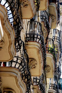 Barcelona balconies...I love the architechture of Barcelona!!
